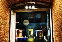 """Boutique Hotel's II w centrum Łodzi ul. Rewolucji 1905 roku 8 (comfort) / Boutique Hotel to zgodny z najnowszymi trendami i zapewniający wygodę hotel. Wszystkie oferowane pokoje charakteryzują się najnowszym wystrojem oraz wyposażeniem.  90-273 Łódź, ul. Rewolucji 1905 roku 8 GPS N: 52° 10' 26"""" E: 18° 51' 9""""  tel. 42 630 63 15  tel. 512 20 10 80 email: rewolucji@hotels24.com.pl http://www.hotels24.com.pl/hotele-lodz/boutique-hotels-rewolucji.html"""