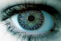 Eye Contacts / Awesomely-cool