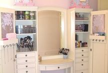 Makeup Storage / by Debra Kelly Myers