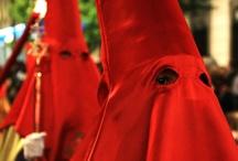 Nuestras costumbres / Costumbres y folklore de Granada, una ciudad con una riqueza cultural inmensa.