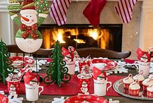 Christmas Décor / 'Tis the season to decorate! Whether you like traditional, gold, silver or even the North Pole themes, there's something for every taste! Browse through our outdoor & indoor decorations to dress up your home!