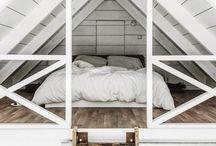 TINY HOUSE / Tiny houses, small cabins, & minimalist vacation homes