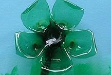 Fleur en bouteille en plastique