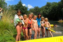 Buitensportactiviteiten / Foto's van buitensportactiviteiten, zoals kanoën en mountainbiken.