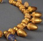 Antique bijoux