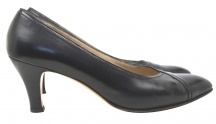 Covetable Soles / All sorts of designers from YSL, Gucci, Pucci and Prada to Ferragamo, Steve Madden and BCBG!