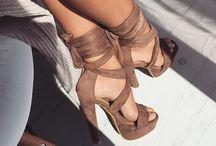 Queen's heels