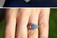 If I ever have a big wedding / by Erika Calderon