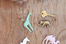 bijoux et portes clef