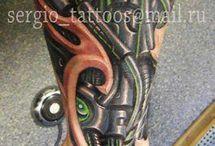 Tattoo meccanical gambe