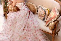 wedding dresses / by Erica Welch