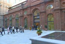 Museo Egizio di Torino / Il lavori di realizzazione del progetto di ristrutturazione e rifunzionalizzazione del Museo Egizio di Torino (che è avvenuta senza chiudere completamente il museo), è opera del raggruppamento Isolarchitetti - http://www.isolarchitetti.it/ . Costo dell'intervento 50 milioni di euro. Conclusione lavori prevista nel 2013, inaugurato il 1 aprile 2015.