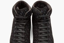 HIgh Cut Sneaker
