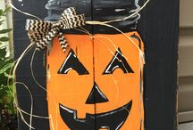 Halloween Decorations / Get creative with these Halloween decorations using items found in your garage or at our ReStore location (Nashville) where you will find all the tools and accessories you need at a fraction of the price.