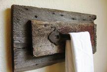 Bathroom towel holders