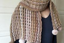 Easy Crochet Scarf Pattern for Women, Crochet Scarf PATTERN with Pom Poms, Easy Crochet Pattern