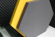 Pianka akustyczna, Piramidka akustyczna, Maty wygłuszające / Najciekawsze zdjęcia naszych produktów do wygłuszania pomieszczeń: pianka akustyczna, panele akustyczne sześciokąt, pianka samoprzylepna, pianka profilowana Fala, piramidka akustyczna. Więcej informacji dostępnych jest na: http://www.soundsolutions.pl/
