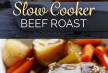 Clean Eating Slow Cooker Recipes / Clean Eating Slow Cooker Recipes to feed a family. Easy and Budget friendly crock pot cooking.