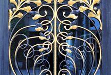 Portas e portões de ferro