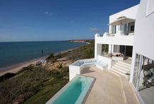 Mozambique - Villa Santorini / Experience the sensuous pleasures of Mozambique in this enchanting seaside paradise.