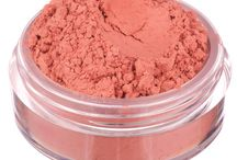 Mineral BLUSH / The natural way to get defined, bright, healthy-looking cheeks.