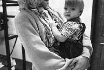 Kurt cobain....RIP<3