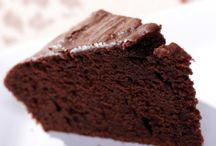 National Chocolate Cake Day ideas / Yum!