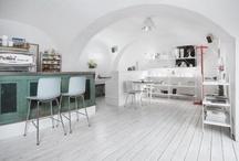 Cafe/bar/restaurant interiors