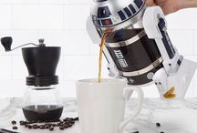 Cool R2-D2 Coffee Press / Here's a neat way to combine your love of coffee with your passion for Star Wars with the latest Star Wars-themed french press released in honor of the upcoming movie, Rogue One: A Star Wars Movie. Cloaked in R2-D2's signature droid body, the french press is your ultimate R2 droid for getting going each morning.