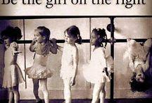 essere ragazza sulla destra