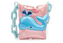 Inflatable Shoulder Bag  2018-2019