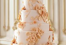 Wedding Cakes / by Kaycee Brewer