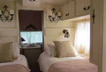 RV / Camper Decor - Pinks / Are you dreaming of a camper or RV that's pretty in pink? Get inspired here!