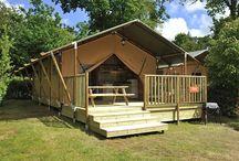 50 jaar Canvas Holidays / Canvas Holidays bestaat in 2015 50 jaar, een heuse mijlpaal! Sinds wij in 1965 onze eerste gasten verwelkomden, tot het ontstaan van Glamping in de 21e eeuw, er is veel gebeurd de afgelopen 50 jaar. En dat met dank aan onze gasten! Van 25 tenten op één camping in Bretagne zijn we uitgegroeid tot een ervaren campingvakantie aanbieder met accommodaties op maar liefst 90 topcampings.