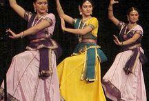 Kathak / Danza clásica de la India / by LauValenciano