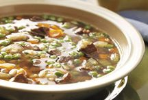 Soups, chili and stew recipes to try / by Deana Sewald