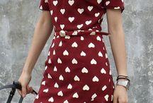 Girls Beautiful summer dress / by Emily Dandial