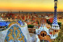 Barcelona / Descubre cada rincón de la ciudad de Barcelona y hospedate en un hotel del centro http://www.felicesvacaciones.es/hoteles/barcelona-D_116/