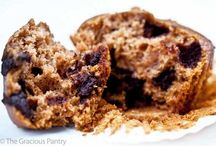 Sweet Eats: Muffins and Loaves / by Carmen Plourde