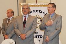 CONFERENCIA DE RAÚL PÉREZ TORRES EN EL CLUB ROTARIO DE QUITO