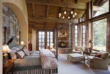 Bedroom Decor Ideas / by Henrietta Welch