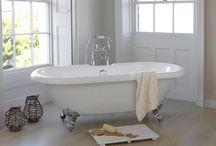 Bathroom / by Jayne Roberts