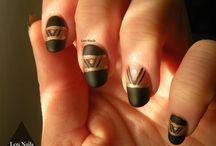 LouNails / tableau regroupant mes nail art...