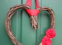 Holiday - Valentine's Day / Everything you need for Valentine's Day from food and crafts to gifts and DIY! / by Simply Sherryl