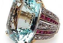 Jewelry I like / by Monica Reed