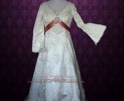 Plus Size Wedding Dresses / Ieie's Bridal Dress Boutique collection of plus size wedding dresses.