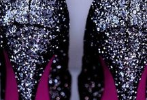 glitter shoes / by Lizzie Moore