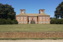 The Great House / The Stratford Hall plantation house was built by Thomas Lee in the late 1730s. Childhood home of Richard Henry and Francis Lightfoot Lee. Both were the only brothers to sign the Declaration of Independence. Stratford Hall is also the Birthplace of Robert E. Lee.