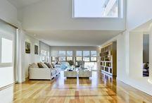 Casa Ara#56 / Ósmosis: Movimiento a través de una membrana que separa fluidos de distinta concentración | Un elemento de luz que día y noche articula la casa