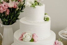 Wedding cakes / by Stefania Bowler